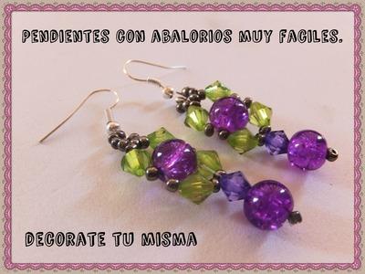Pendientes verdes y lilas de abalorios