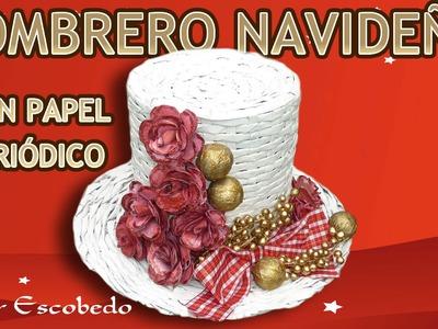 SOMBRERO NAVIDEÑO CON PAPEL PERIÓDICO. Christmas hat with newspaper
