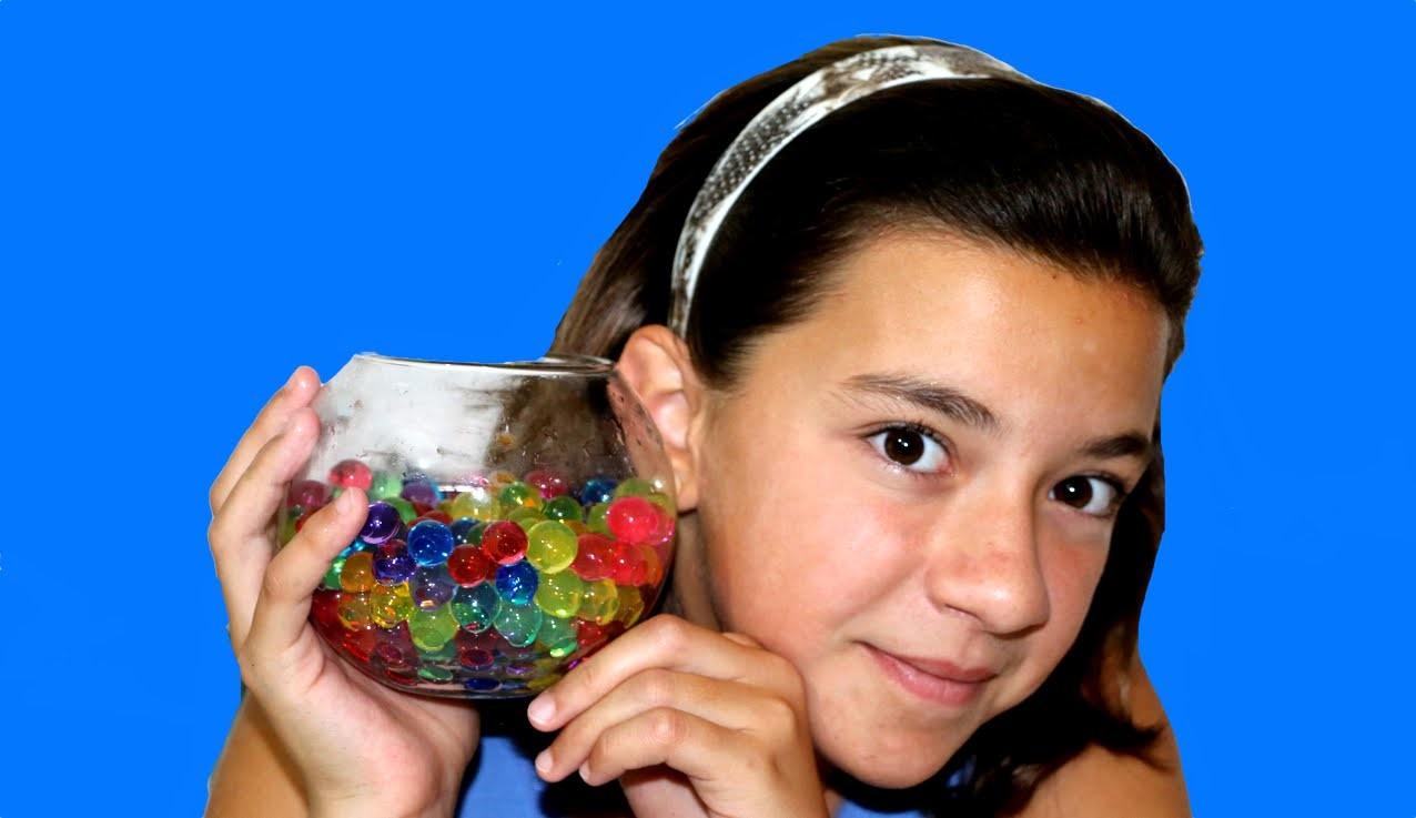 Canicas de agua que crecen y encogen. Orbeez Water beads or water marbles