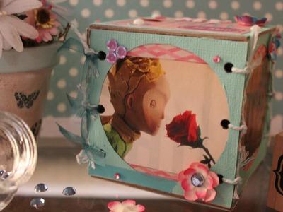 Portaretato en un cubo+Día del amor