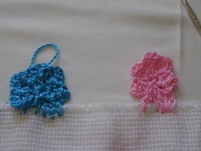 Explicacion de la flor de 5 petalos con grafico en crochet