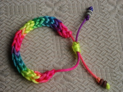 Pulsera multicolor crochet