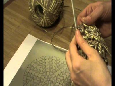 """Gorra de Ganchillo-Crochet con visera Con """"Paper"""" de lanas Katia"""