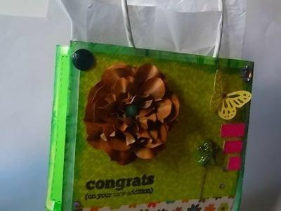 Como reciclar una bolsa de regalo SCRAPBOOK