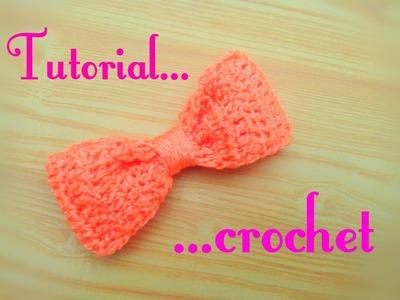 Moño tejido a crochet. lazo a crochet