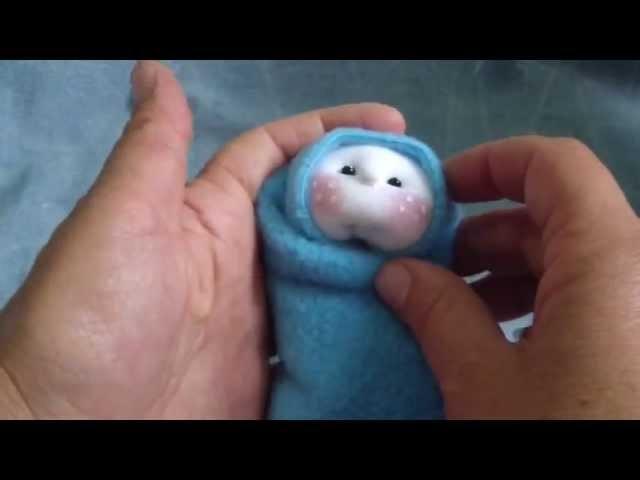 Baby doll in blanket subtitle.bebé en manta subs. proyecto 75