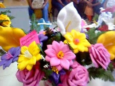 Flores de fomi .  exposicion