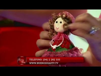 Muñeca de Tela para colgar en la Refrigeradora | Curso de Tela | Manualidades queternura.com