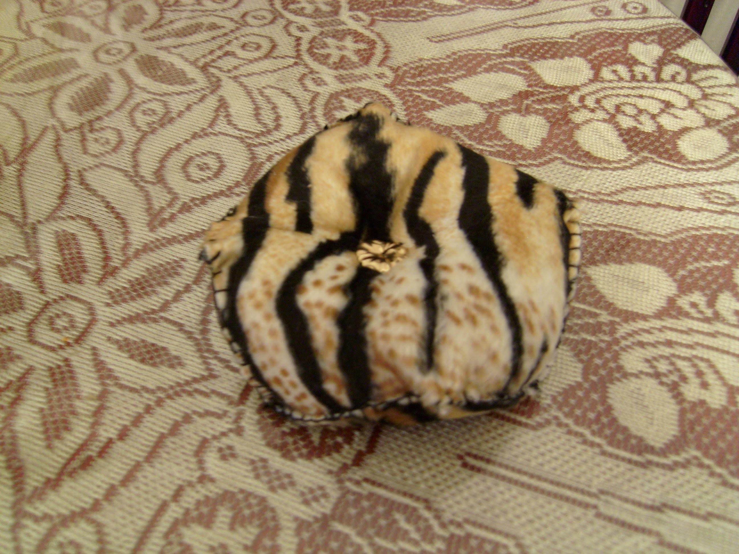 DIY Cómo hacer un biscornu (alfiletero) animal print precioso