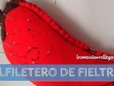 Alfiletero de fieltro con forma de Chile (Costura a mano)