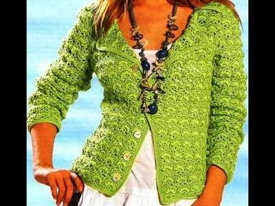 Chaqueta Verde Con Bodoques a Crochet