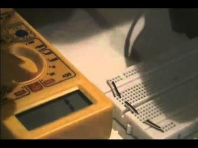 Ejemplo de Como Medir Diodos y Transistores