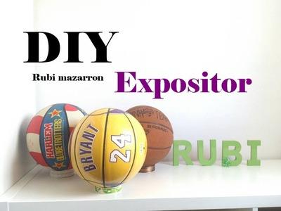 Diy. Expositor de balones y pelotas