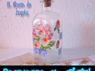 DIY Como decorar con decoupage una botella de cristal