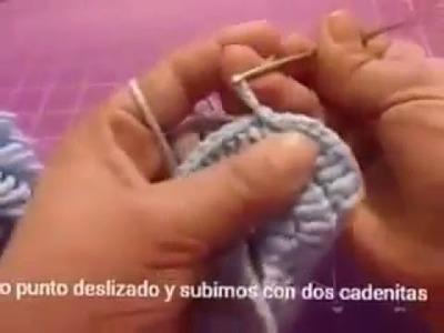 Camisita tejida a crochet