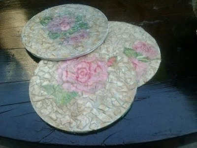 DIY POSAVASOS CON CDS ( técnica decoupage ). Coasters with cd's