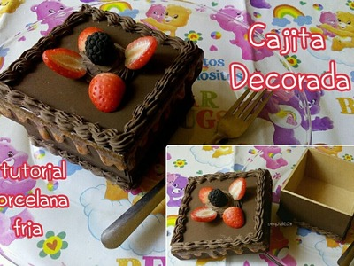 Cajita decorada pastel de chocolate con fresas PORCELANA FRIA