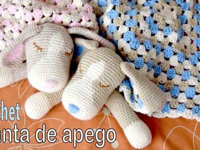 Colcha con perritos dormilones o manta de apego tejida a crochet (cuadrado granny y amigurumi)