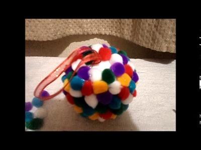 Diy esfera y pino hecho con  pompones de colores
