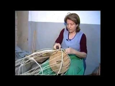 Cesteria Aparici. Elaboración de cestas de mimbre. Handmade Basket