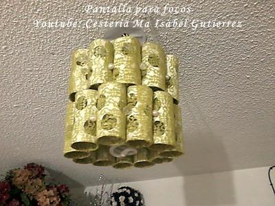 Pantalla para foco o lámpara con tubos del papel higiénico. DIY