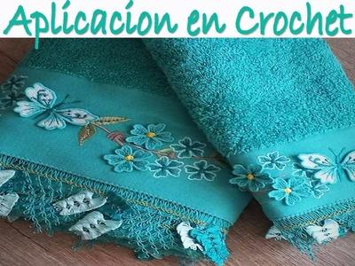 Toalla con aplicacion tejida a crochet