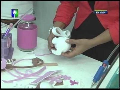 Ebisu arte y creativida Proyecto Frascos decorados en foami