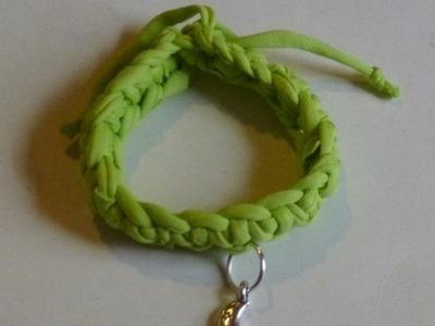 Como hacer una  pulsera de trapillo DIY