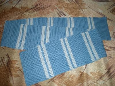 Bufandas tejidas a crochet de dos colores