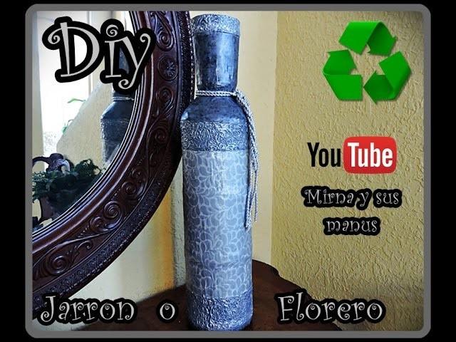 Diy. Jarron reciclando botes de plastico. Diy. vase recycling plastic bottles.