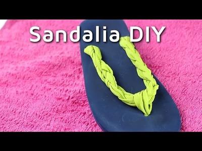Cómo decorar unas chanclas con trapillo | facilisimo.com