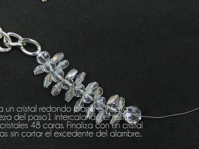Fashion Topic El Galeón Crystal Petal Crystal Necklace (Collar de Pétalos de Cristal).