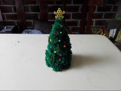 DIY: Árbol navideño de pompones | MOCCIAL