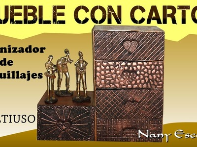 MUEBLE CON CARTÓN ORGANIZADOR DE MAQUILLAJE