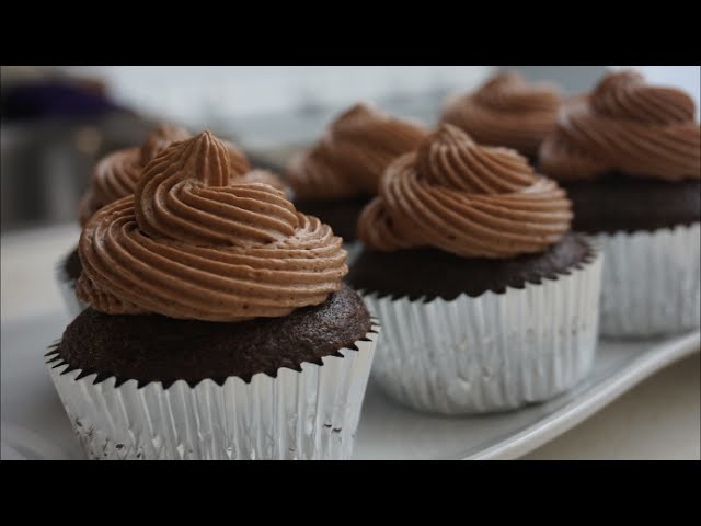 RECETA: CUPCAKES DE CHOCOLATE ((PASO A PASO))