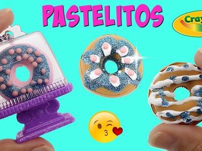 Pastelito llavero para Mochila de Crayola - Accesorios para jugar con muñecas