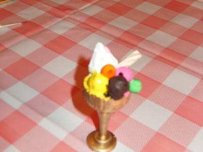 Miniatura Copa de helado para tus muñecas
