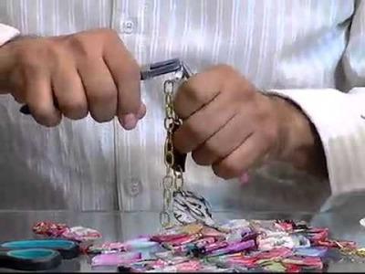 ELABORACIÓN DE COLLARES - 13 DE DICIEMBRE DE 2012 - TEMAS DE FAMILIA TELECARIBE