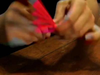 Cómo hacer una rosa de papel