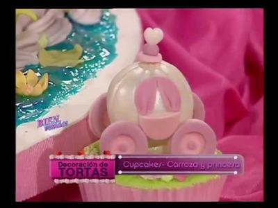 Mirta Biscardi  - Bienvenidas TV - Explica como hacer Carrozas y Princesas en Cupcakes.