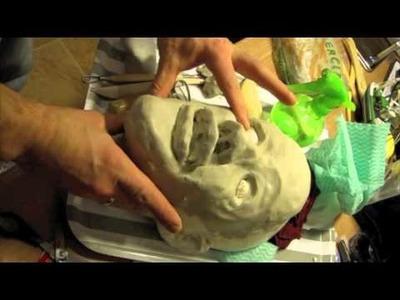 Realizando un molde de arcilla