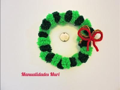 Manualidades Muri, Corona de Navidad con mini pompones