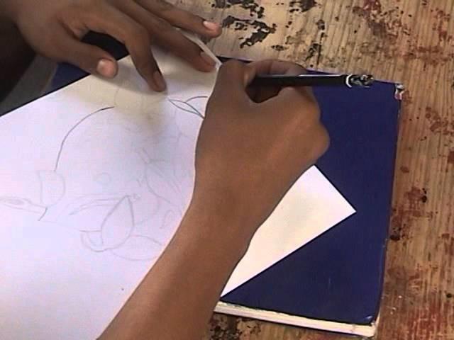 Como dibujar una rosa en un corazon