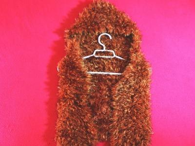 Curso exprés chaleco con capucha a palitos.