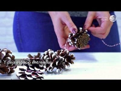 Decoración navideña con piñas naturales: cómo hacer guirnaldas | DIY Westwing