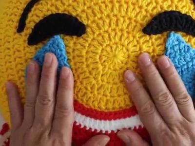 Emoticon Chorando de Alegria Parte 2