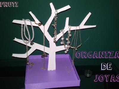 Organizador Árbol para accesorios con Cartón