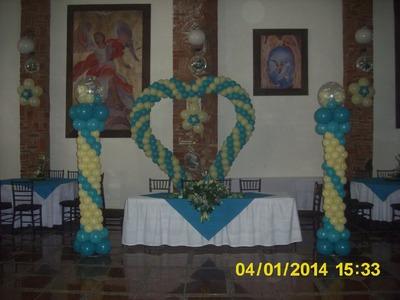 Corazón con globos para 15 años