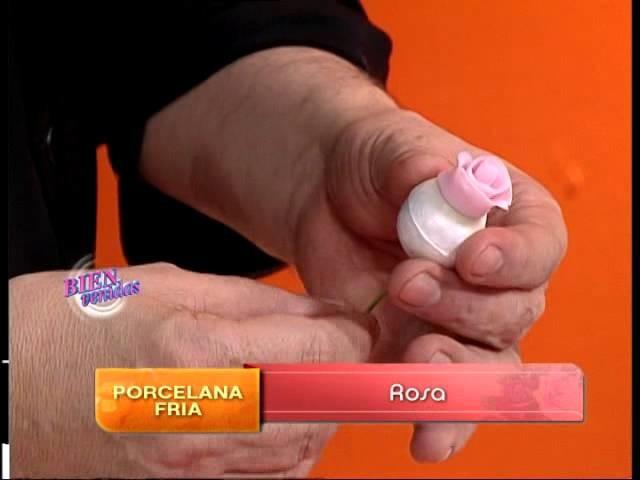 Jorge Rubicce - Bienvenidas TV - Modela una Rosa en Porcelana Fría.