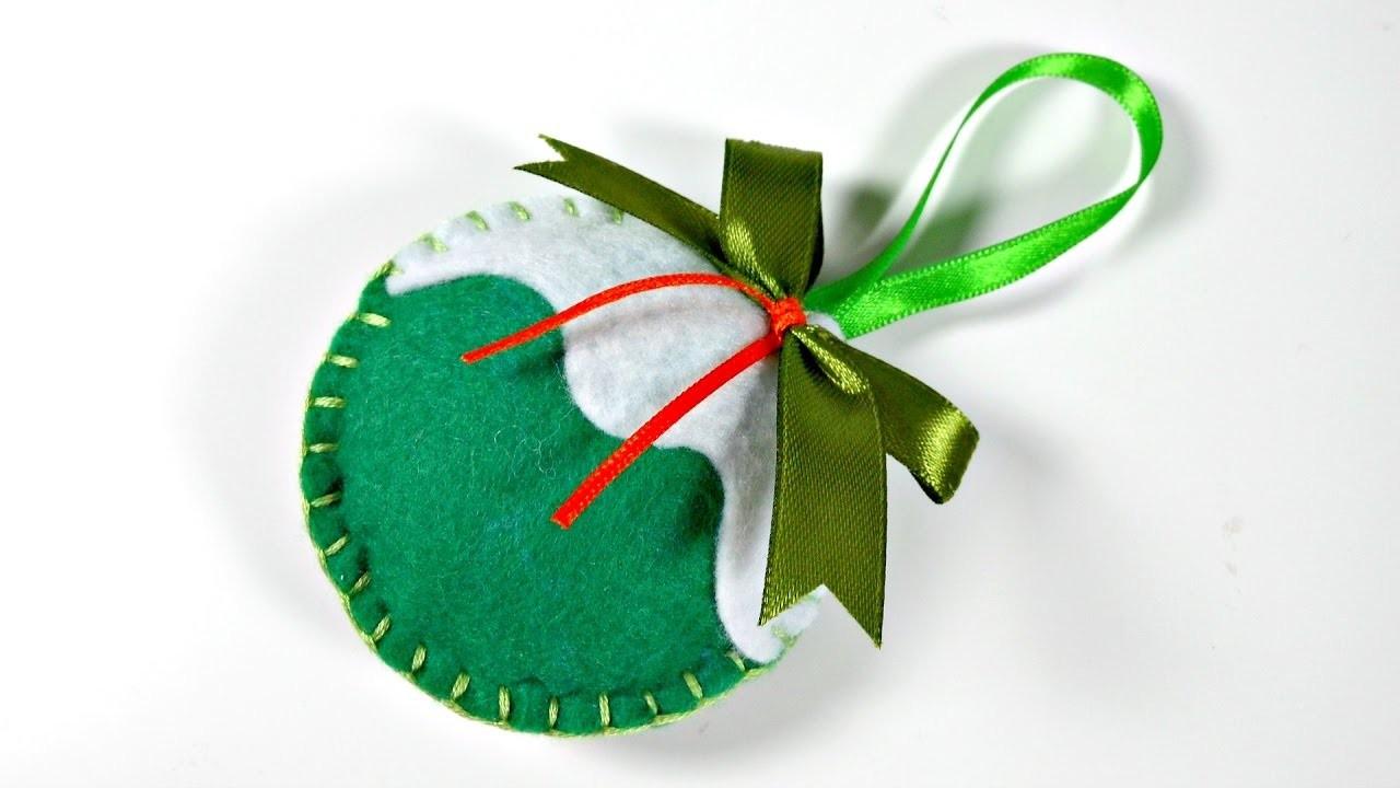 Ideas de navidad 5 bolas de fieltro para el rbol for Bolas navidad fieltro